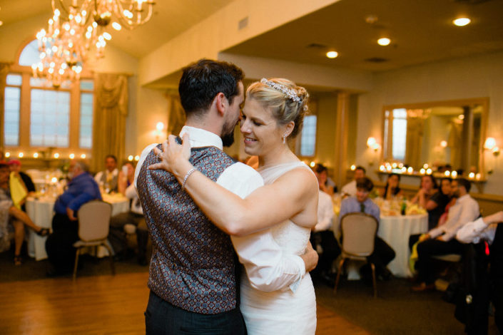 rustic-pa-wedding-joseph-ambler-inn-31