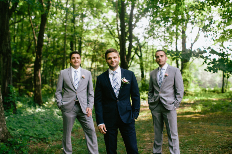 Rustic-Pennsylvania-Mountain-Wedding-05