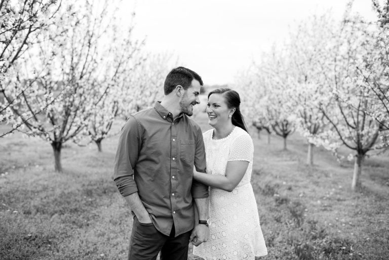 Heritage Vineyards New Jersey Spring Engagement Session