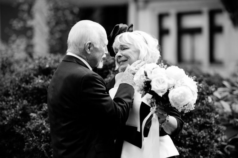 black and white bride and groom first look rittenhouse square